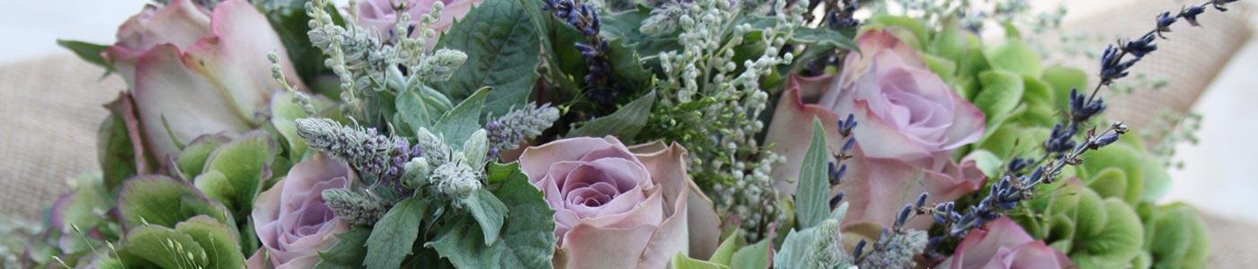 Anna Flora Bespoke floral design Cheshire